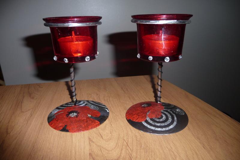 photophores rouges sur pied m tallis d co coquelicot. Black Bedroom Furniture Sets. Home Design Ideas