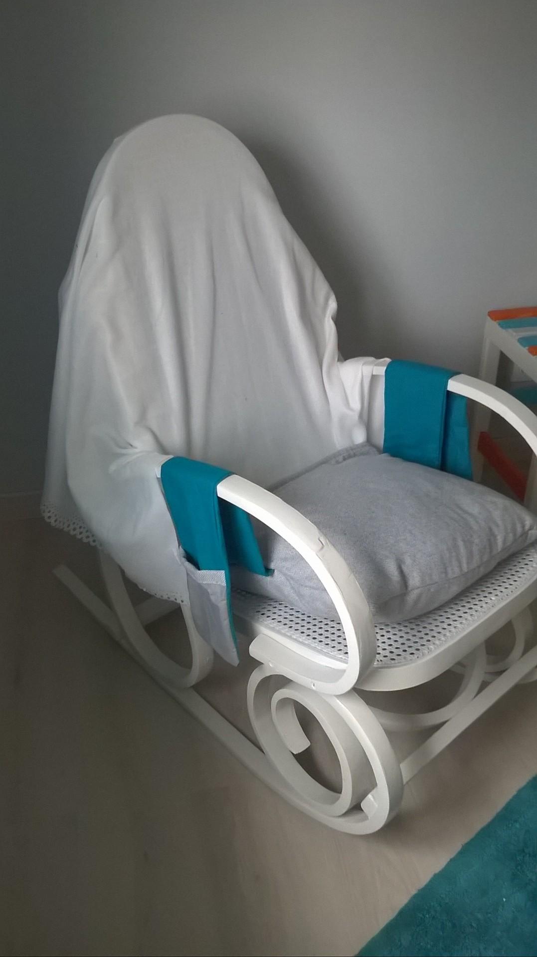 coussins et couverture pour rocking chair. Black Bedroom Furniture Sets. Home Design Ideas